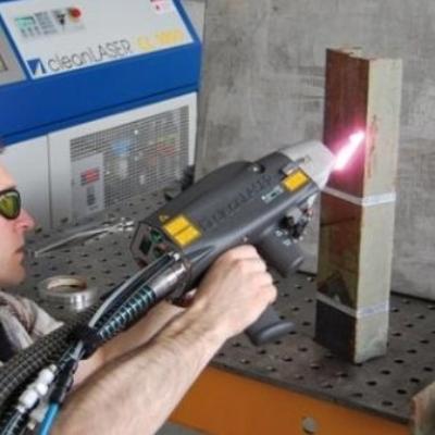 Echipamente pentru curatarea cu laser