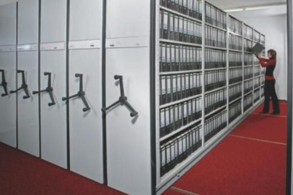 Rafturi mobile pentru arhivare