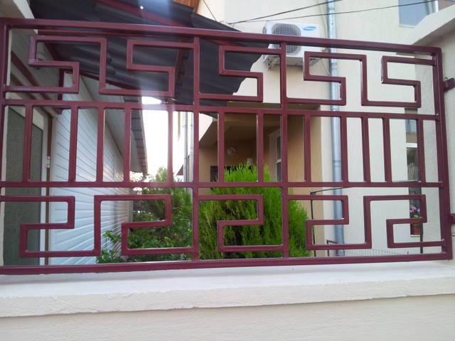 Model gard decorativ din fier forjat