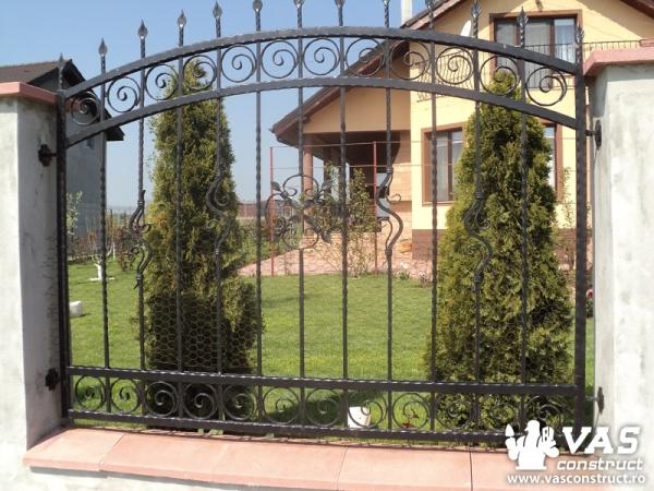Garduri și porți