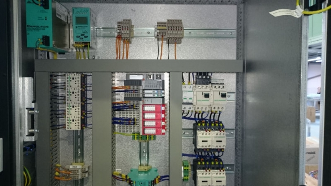 Cabinet electric - automatizare industriala