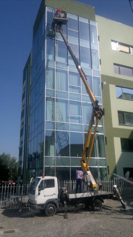 Renovări în construcții