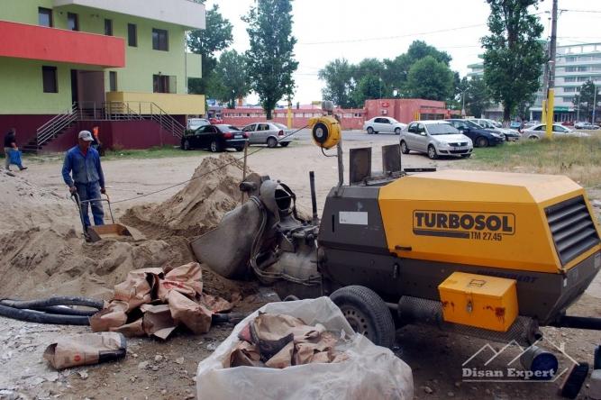 Săpături și excavații mecanizate