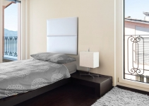 Capete de pat alb