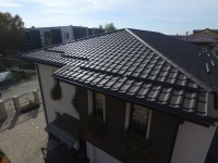 Țiglă metalică pentru acoperișuri rezistente