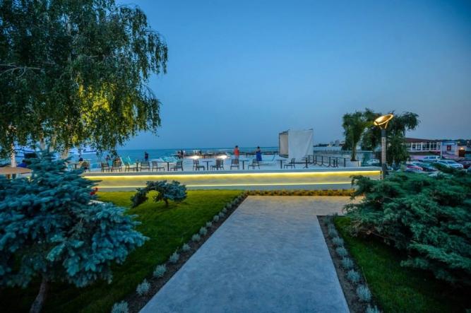 Spatiu verde Hotel Turqoise