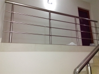 Balustrada aluminiu pe sistem rotund
