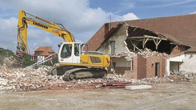Demolări construcții mici și mijloci